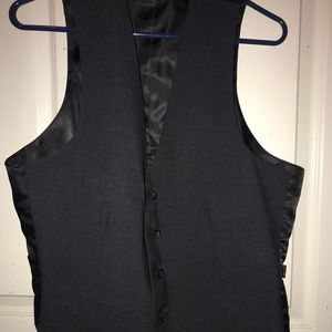 Kenneth Cole Reaction vest